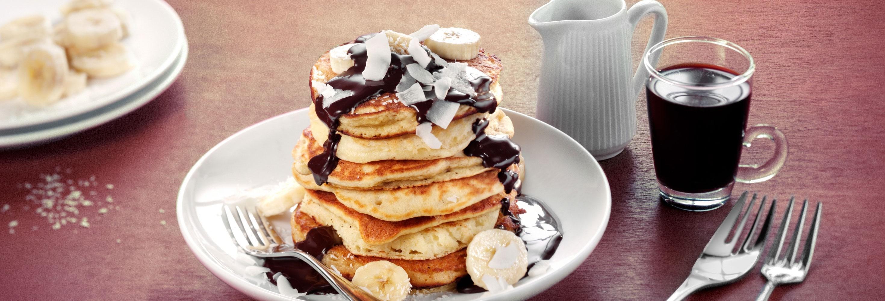 Pancakes à la banane, au chocolat et à la noix de coco